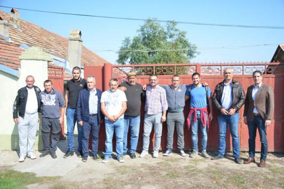 Посета пољопривредницима у општини Нови Кнежевац