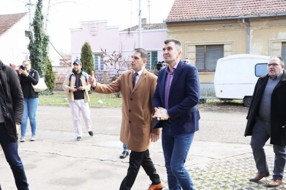 Ministar Đorđević u poseti kikindskom Gerontološkom centru